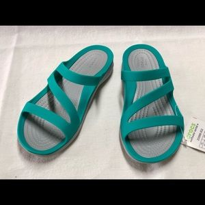 NWT Crocs Swiftwater Sandals